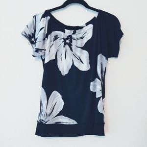 The Limited Black & White Floral Top. Size Small